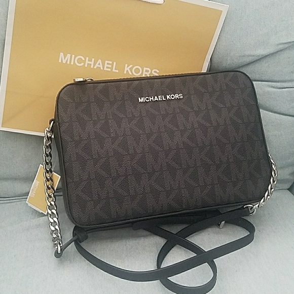 45f98395e575 Michael Kors Bags | New 2018 Collection Large Crossbody Saffiano Mk ...